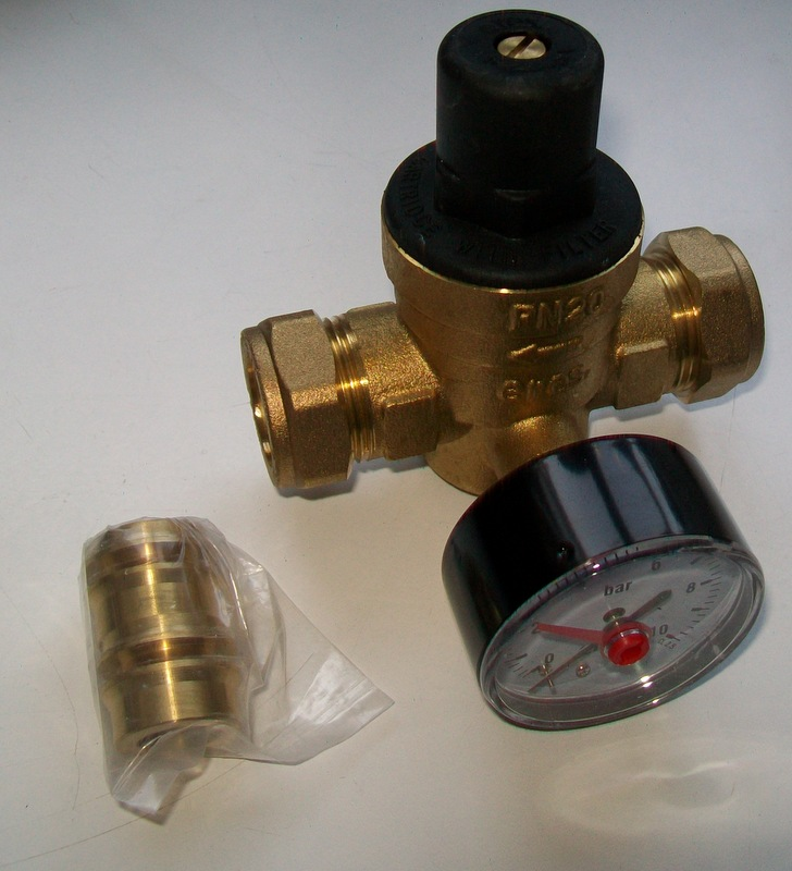 pressure reducing valve with gauge 15mm and 22mm 07002010 plumbers mate ltd. Black Bedroom Furniture Sets. Home Design Ideas