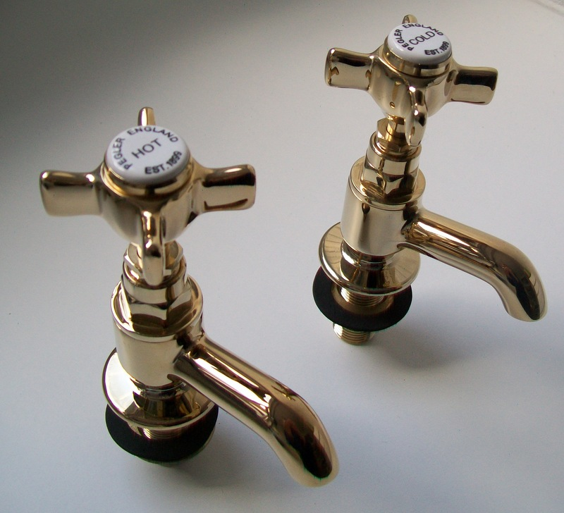 Pegler Sequel Antique Gold Crosstop Basin Taps 58081030