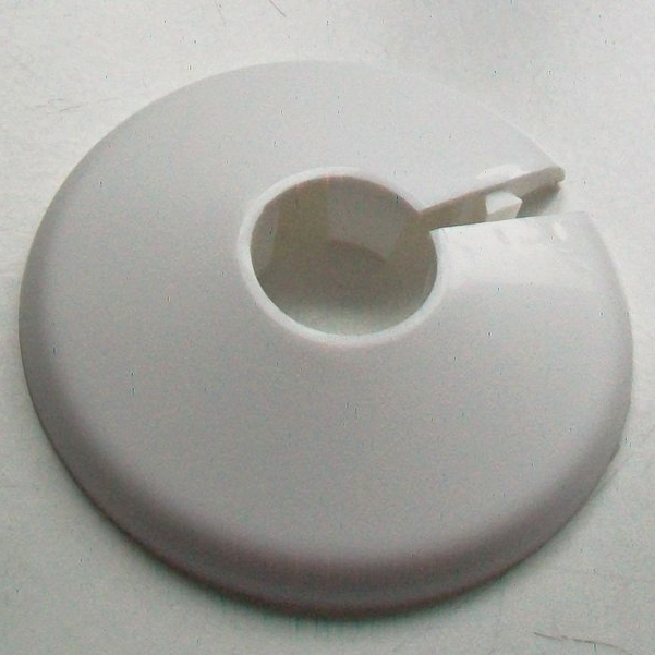 White Plastic 15mm Wall Flange Pipe Collar